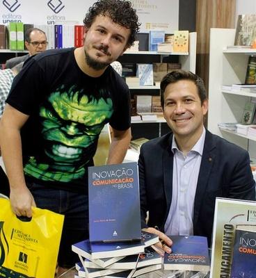 Livro lançado pela Editora Metodista é pauta na Sociedade Brasileira de Televisão